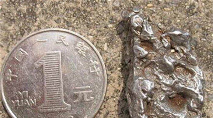 迪拜将1576年的阿根廷陨石,打造成高跟鞋,价值超1亿元!