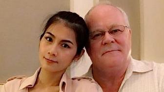 明星淫乱成人都市色情小?_据英国媒体10月30日报道,泰国31岁的色情明星娜塔丽雅放弃成人片演艺