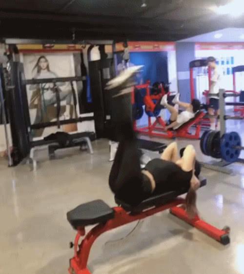 韩国136斤网红李序英曾因身体自卑 如今傲慢的身材让人羡慕不已 热点 热图3