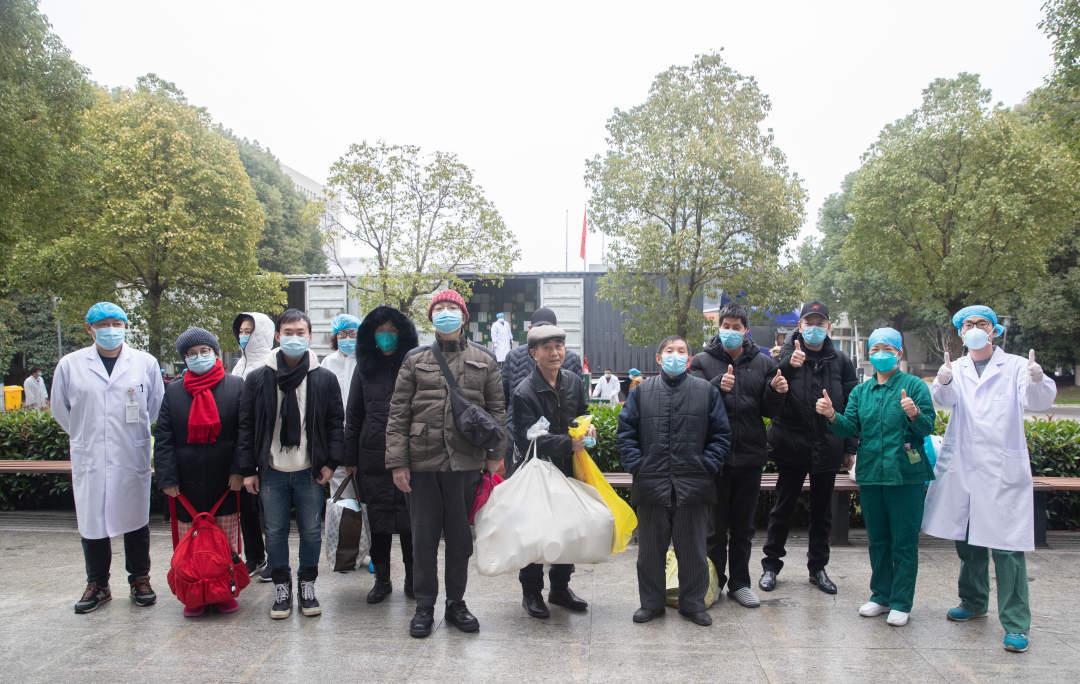 金银潭1天37人出院 深圳首次出现3例社区传播病例