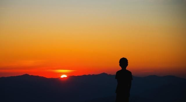 人生每一次的恍然大悟,都是一次成�L