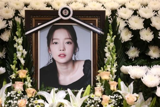 警方不对具荷拉尸检 韩警方表示将不对具荷拉进行尸检