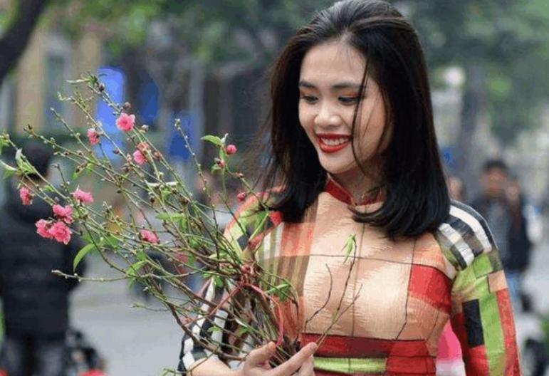 越南姑娘在中国旅游3天,回国后大肆吐槽就像回到了20年前