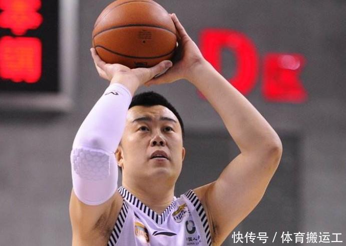 辽宁男篮赛场表现极佳,5场仅输1场