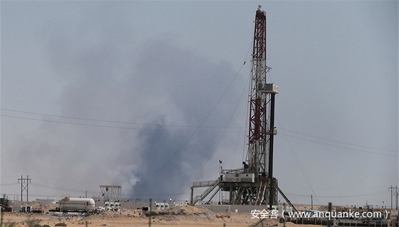 """美官员爆料:沙特石油""""心脏""""遭袭后,美对伊打响""""网络复仇战"""""""