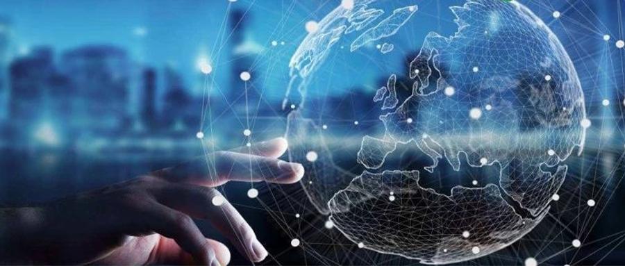 奔驰宣布全球首个科技合作伙伴