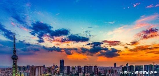 广东省一个市, 人口超700万, 为广东第三大城市!