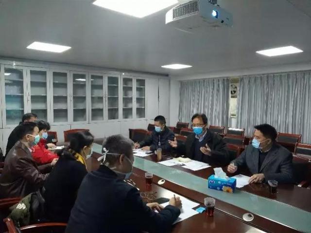 钟南山团队开出新冠肺炎预防凉茶处方,
