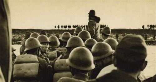 中国老兵巡逻,看见一物上蹿下跳,果断开枪后,日本举国悲痛插图