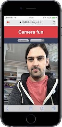 摄像头应用, 在之前的空白区域出现了我的脸